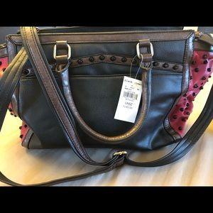 BNWT- Black Rivet handbag 👜.